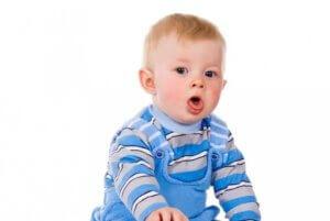 Чаще всего физиологический кашель после появления зуба проходит сам по себе