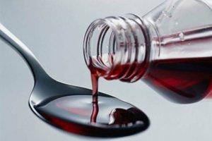 Антибиотик применяют при наличии бактериальной инфекции в горле