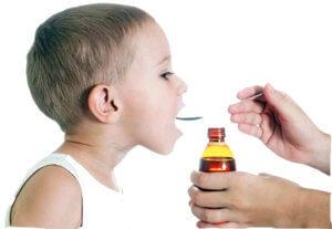 Аллергический кашель у детей лучше лечить препаратами в форме сиропа