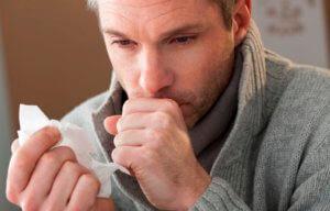 Черная мокрота может быть вызвана длительным курением табака