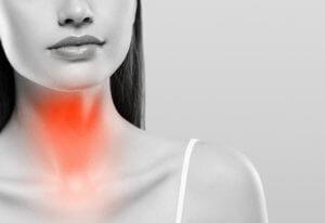 Боль в горле при глотании, першение, увеличение лимфоузлов – признаки недуга