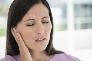 Дополнительные симптомы помогут выявить причину боли