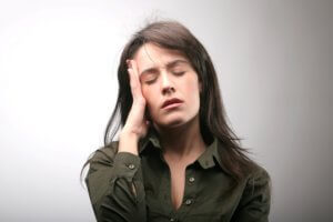 Игнорировать боль в ухе нельзя, так как она может быть признаком серьезного заболевания