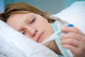 Постоянная боль в горле без повышенной температуры может быть признаком серьезной патологии