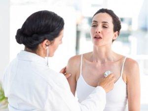Запущенная простуда может стать причиной пневмонии