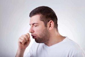 Лекарство применяют при заболеваниях дыхательных путей с выделением вязкой мокроты