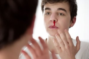 Помощь при травмах и ранениях носа
