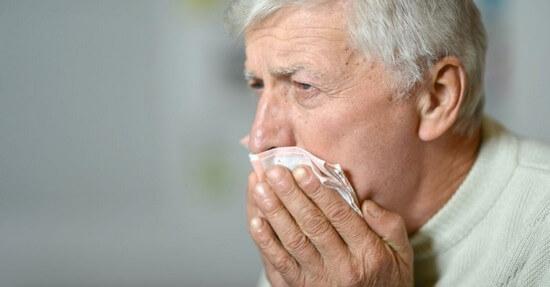 Как избавиться от мокроты с помощью лекарственных средств, народных методов и физических упражнений