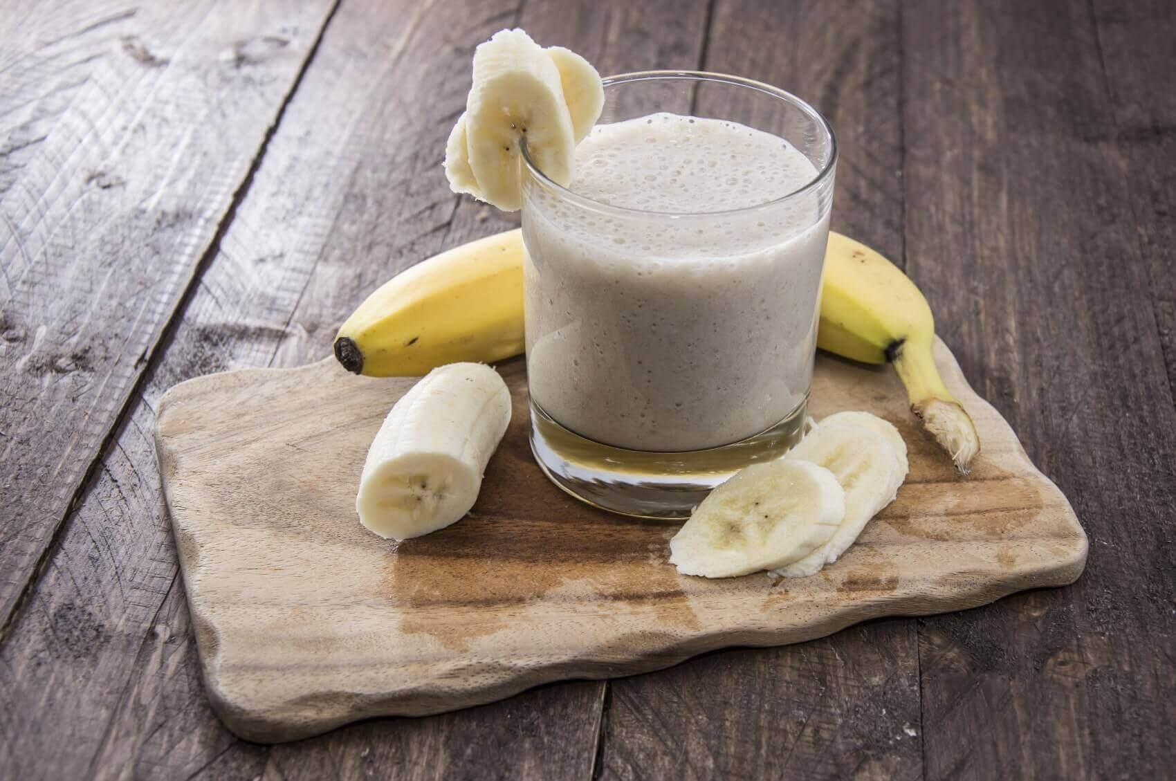 Молоко с бананом от кашля - эффективные рецепты