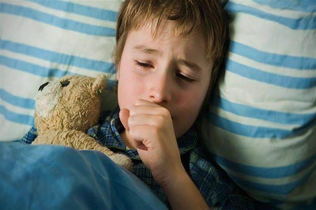 Кашель приступами у ребенка, причины и методы остановки приступа